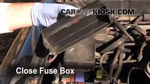 replace a fuse 1990 1995 toyota 4runner 1994 toyota 4runner sr5 6 replace cover secure the cover and test component