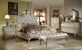 McFerran B8305 Antique White Glamour Tufted Fabric Queen Bedroom Set ...