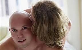 Облысение бороды у мужчин причины
