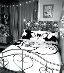 exciting exterior tip according to best mickey mouse bedding setore images minnie comforter set mickey and bed set queen minnie