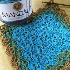 Lion Brand Mandala Yarn Patterns Mesmerizing Lion Brand Mandala Yarn In Sphinx Used For Beautiful Shells Blanket