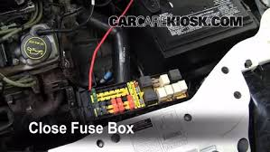 replace a fuse 1995 2000 ford contour 1998 ford contour lx 2 0l 1994 ford contour fuse box 6 replace cover secure the cover and test component