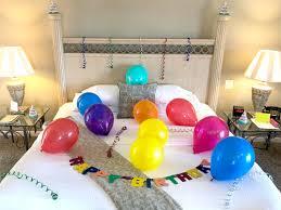 birthday hotel room decoration service