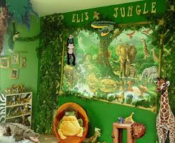 Vibrant Jungle Themed Bedroom