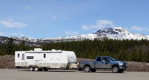 SUV vs Pickup Truck for RV towing: which to choose? - Vehicle HQ