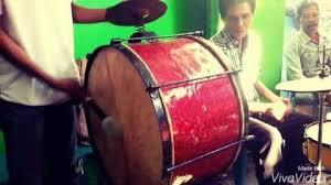 Setiap acara adat jawa yang besar bonang selalu ada untuk mengiringi acara tersebut. Tanjidor Alat Musik Betawi Seputar Blora
