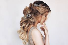 39 totally trendy prom hairstyles for
