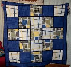 katiemaytoo quilts: a housewarming quilt (repeat) and the july UFO & I used the pattern