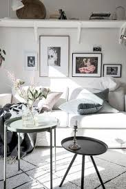 Beautiful Apartment with a Feminine Appeal