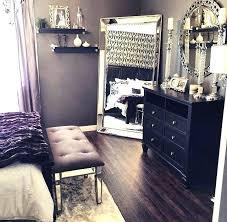bedroom mirror decor full length mirror in bedroom beautiful bedroom decor black dresser silver mirror silver