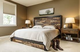 wooden headboards can give your master bedroom an entirely diffe look depending on the type of wood and style there are so many beautiful options to