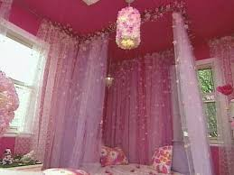 Bedroom Designs. Bedroom Design With Little Girl Canopy Bed: Pink ...