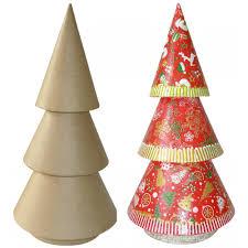 Tall Christmas Tree - N0002