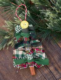 Christmas Tree Ornament Crafts