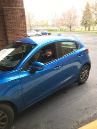Phyllis Johnson in blue car | Ohio's Community Mercy Hospice