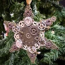 Creative christmas tree toppers ideas try Tree Decorations Clock With Gear Ornament Can Be Made By You Yourself Easily Digsdigs 25 Unique Steampunk Christmas Decor Ideas Digsdigs