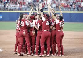 ncaa softball women s college world
