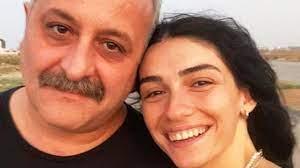 Hazar Ergüçlü, sevgilisi Onur Ünlü ile olan fotoğrafını sosyal medya  hesabından paylaştı