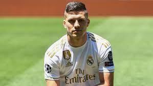 انتقالات ريال مدريد.. يوفيتش يمتلك فرصة للبقاء في ريال مدريد - بالجول