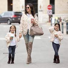 """Delia Hickman on Twitter: """"#sponsored Twinning with my Twinkies in these  cozy cardigans from @chicwish Can someone please explain Sofia trying to  perfect her blogger pose in this picture? #futurefashionista  https://t.co/P3jyLE8BRM #liketkit ..."""