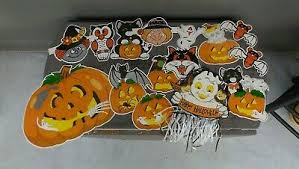 Interior candle stylish wall sticker pumpkin simple halloween. Large Lot Vintage Halloween Die Cut Card Stock Paper Wall Decorations 15 Pieces 21 99 Picclick