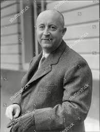 French Designer Christian Christian Dior French Fashion Designer Died 1057 Editorial