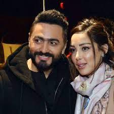 """بعد أنباء الانفصال.. تامر حسني لزوجته: """"متهورة بس بحبك"""""""