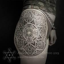 татуировки орнамент в стиле орнаментал бедро каталог тату салонов