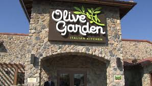 bad pr on duty officer asked to leave olive garden because he was armed
