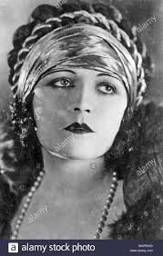 Pola Negri High Resolution Stock Photography and Images - Alamy