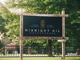 <b>Midnight Oil</b> Coffeehouse