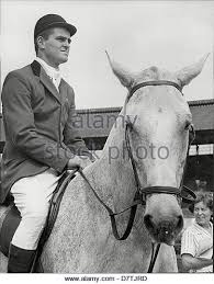 Harvey Smith Show Jumper On Horse Montana 1961 (With images) | Vintage  horse, Horses, Horse rider