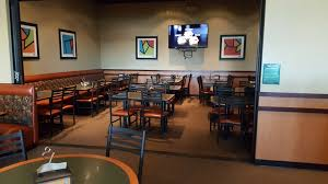 round table pizza meal delivery 150 n wilma ave ripon ca 95366