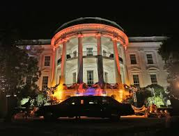 White House Decorations For Halloween