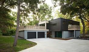 Design Exterior Case Moderne : Case grigie esterne bioedilizia nei progetti di architettura