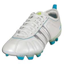 five years from now women s specific soccer cleats could be a thing of the past let s face it cleats have come a long way since the days of the original