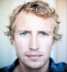 Do Guys Like Blonde Hair Blue Eyes