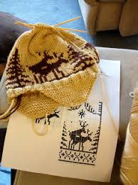 Lindsays Knitting Diaries Fornicating Deer Hat