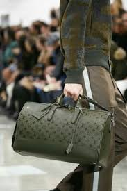 louis vuitton travel bags for men. louis vuitton fall 2016 menswear fashion luv this green! travel bags for men