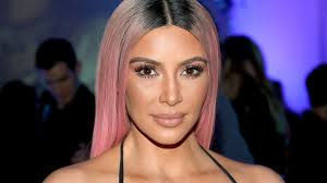 kim kardashian mashed vitamin c with her shoo to change her hair color