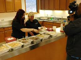 Wedding Meal Planner Wedding Planner Donates Leftover Dishes To Those In Need