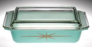 a two quart covered casserole dish produced by pyrex in 1960 courtesy the corning