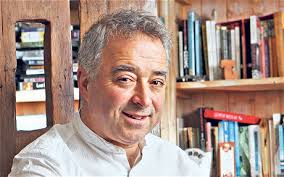 Frank Cottrell Boyc. Mind traveller: Frank Cottrell Boyce's perfect weekend would be at home with his family, or perhaps as his childhood dream, ... - frankcottrellboyce_2473879c