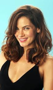 photo feathered hairstyles for um length hair diffe hairstyles ideas of top 10 layered