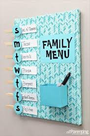 Easy And Fun DIY Crafts That Will Keep You Busy