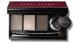 this covetable eye palette has all the tools you need to create a clic or festive smokey eye including the caviar ink long wear gel eyeliner