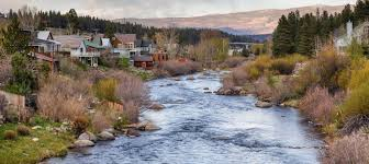 11 Charming <b>River Towns</b> In Northern California To Visit This Spring