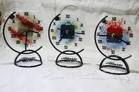 reloj decoracion y vidrio fundido