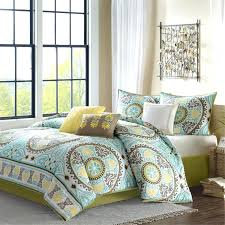bedroom queen size bed with brown blue and yellow bedding queen size bed with brown blue