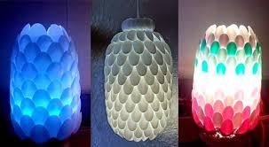 Cuka bisa menjadikan bau pelembut atau pewangi pakaian jadi. Kreasi Membuat Lampu Hias Dari Botol Dan Sendok Plastik Aneka Kreasi